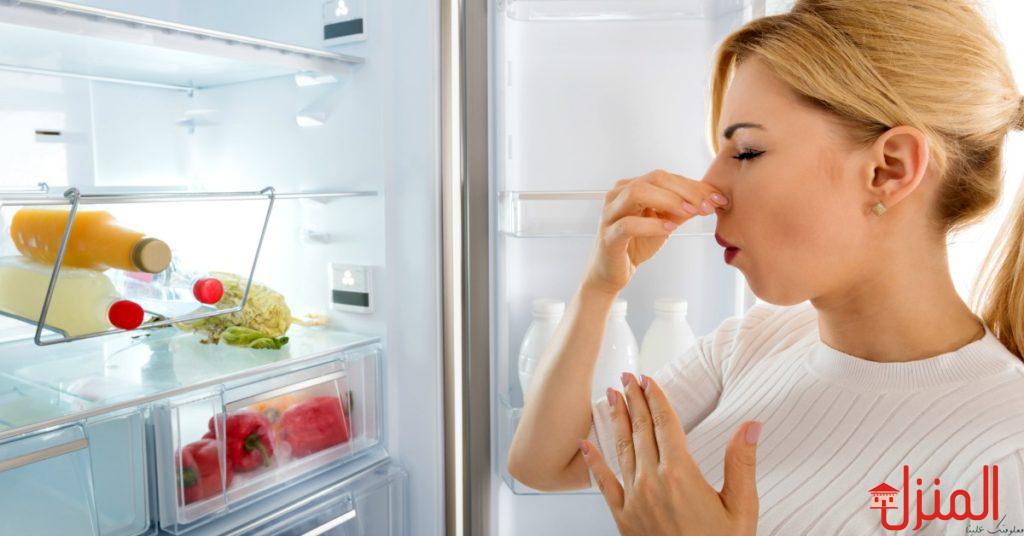 طرق تخلصك من روائح الثلاجة